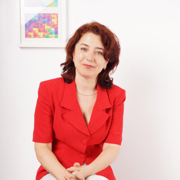 Aura Tulinescu